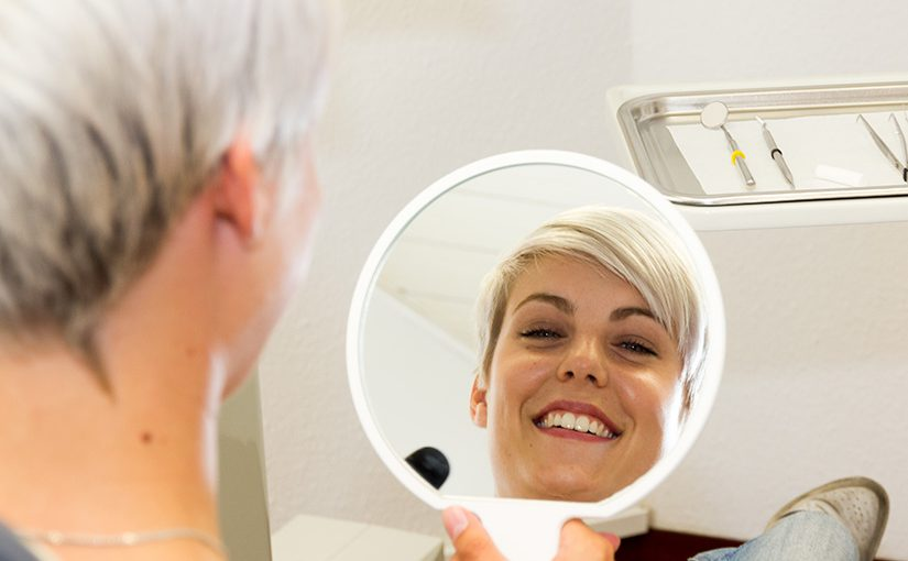 Lebenslang gut lachen haben: regelmäßige Prophylaxe macht' s möglich