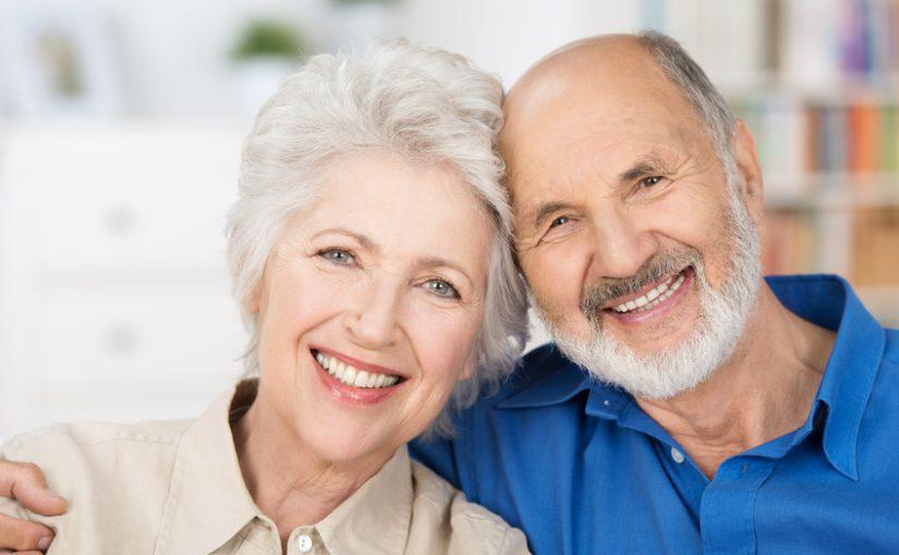 Mitten im Leben mit schönen, gepflegten und funktionierenden Zähnen